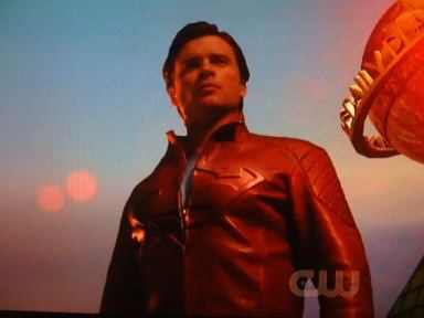 smallville-red-jacket